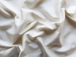 Satininis pagalvės užvalkalas baltas pieno spalvos